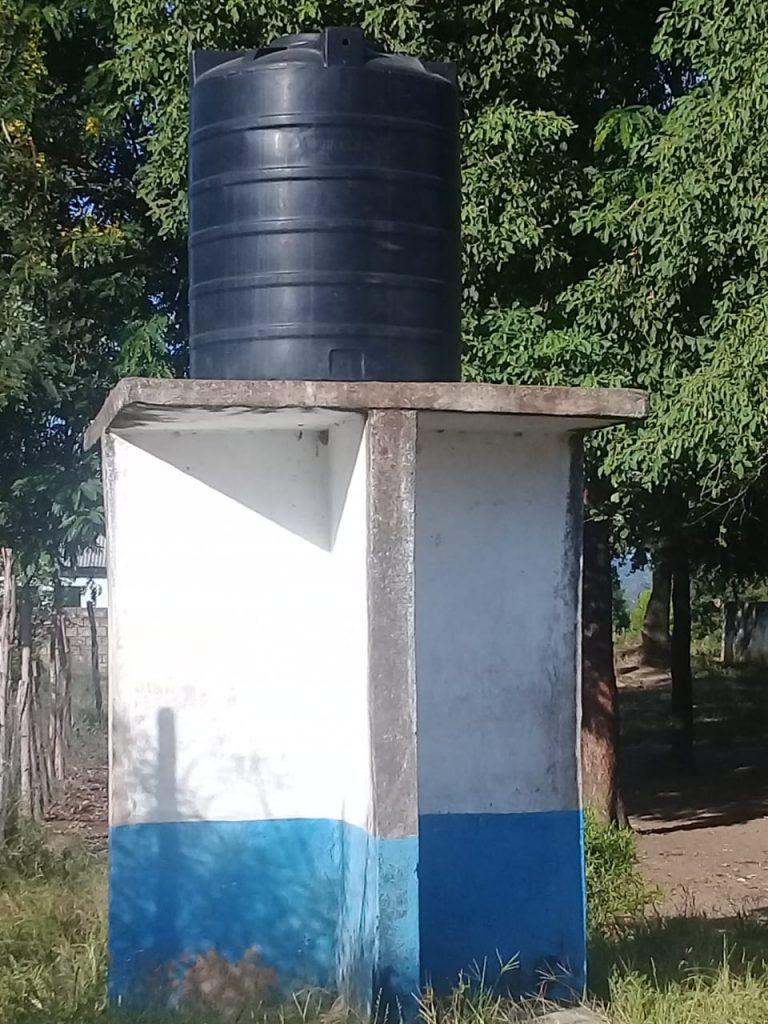Watertank voor groentetuin